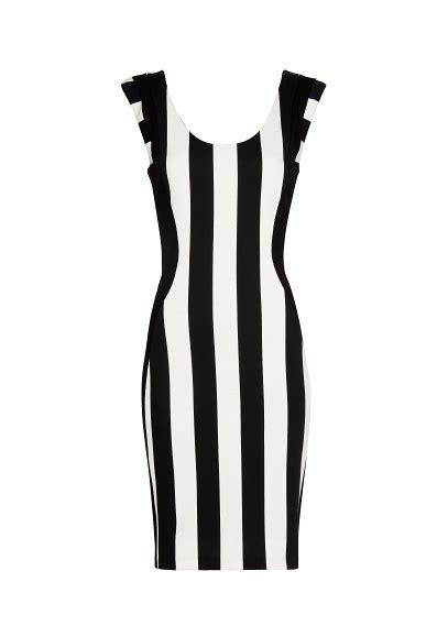 imagenes en blanco y negro verticales tendencia rayas en blanco y negro el blog de ana suero