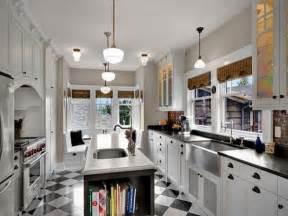Pics photos kitchens black white checkered tiles floor white kitchen