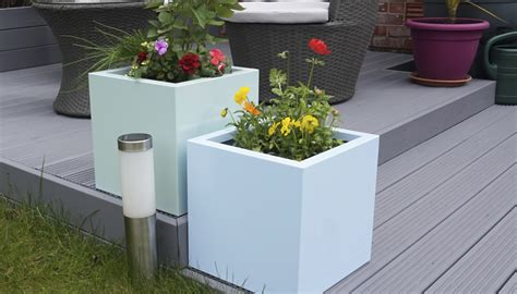 External Planters by Manufacturing A Stylish Garden With Square Flower Planters