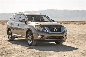 2014 Nissan Pathfinder 2014 Nissan Pathfinder Sl 4x4 Front Three Quarters Photo 6