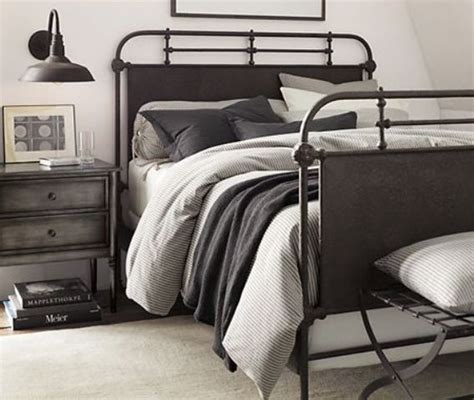 industrial bed making a statement in your bedroom 25 edgy industrial