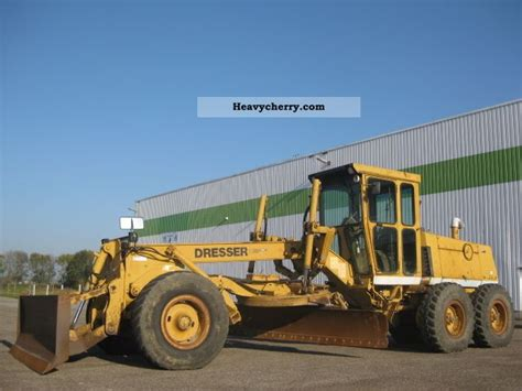 Dresser Heavy Equipment by Dresser 830 2011 Grader Construction Equipment Photo And Specs