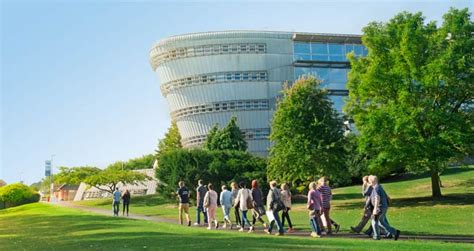 Of Surrey Mba Ranking by The 10 Most Prestigious Hospitality Management Departments