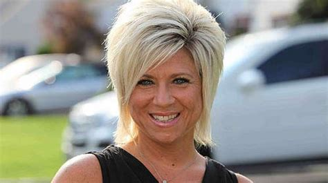 is theresa caputos mother dead theresa caputo is back to help you communicate with your
