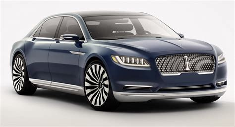 how does lincoln s 2017 continental compare to the