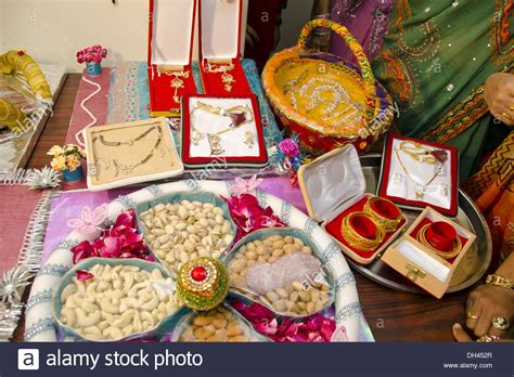 Wedding Gift India by Wedding Gift Ideas For In India Wedding O