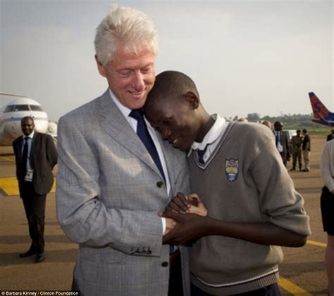 bill clinton s full name bill clinton reunited with namesake in uganda daily mail