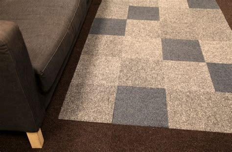 lowes carpet installation lovely peel and stick carpet tiles lowes 4 zonapetir com