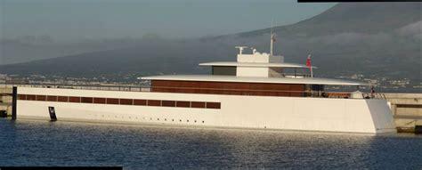 phoenix boats jobs file steve jobs yacht venus in portugal faial island jpg