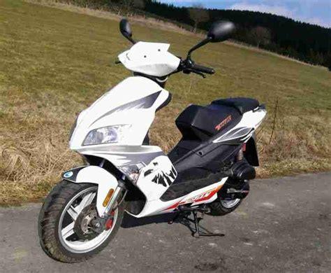 25 Kmh Roller Gebraucht Kaufen by Roller 25km H Wenig Gelaufen Top Teil Bestes