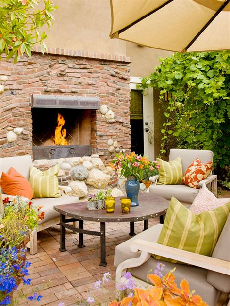 Summer Patio Decorating Ideas by Modern Furniture Patio Decorating Tips For Summer 2013