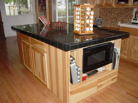 Kitchen Island Tile Useful Ideas On How To Choose The Right Kitchen Island