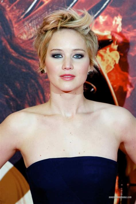 pin by jennifer farms on hair strictly pinterest jennifer lawrence celebrity fashion fbloggers hair
