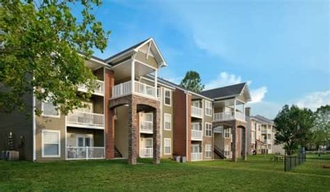Northern Virginia Apartment Owners Association Dominion Lake Ridge Apartments In Woodbridge Va