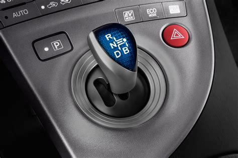 2014 Toyota Prius Gearshift Interior Photo   Automotive.com