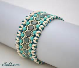 Beading tutorial for honeycomb bracelet is very detailed with clear