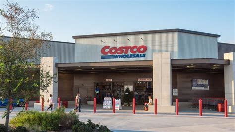 20 ways to pay less at costco gobankingrates