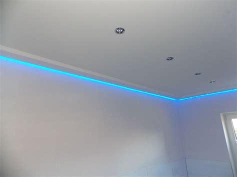 Lichtleisten Für Indirekte Beleuchtung 497 by Tapete Beton Wohnzimmer
