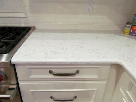 Traditional Backsplashes For Kitchens by Silestone Lyra Countertop