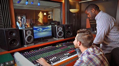 House Producer by Tulsa Recording Studio Bluehouse Media Tulsa Recording