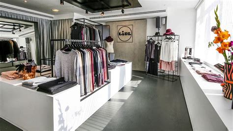 lidl opens a pop up fashion boutique