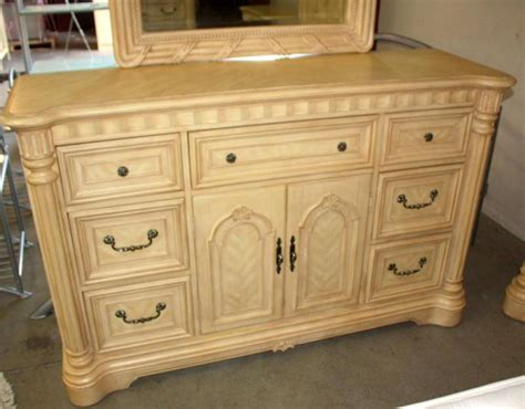 chris madden bedroom furniture 5 pc chris madden bedroom set
