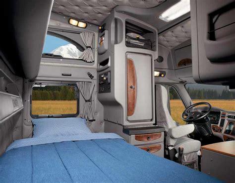 Kenworth T2000 Interior by Kenworth T2000 Picture 39093 Kenworth Photo Gallery
