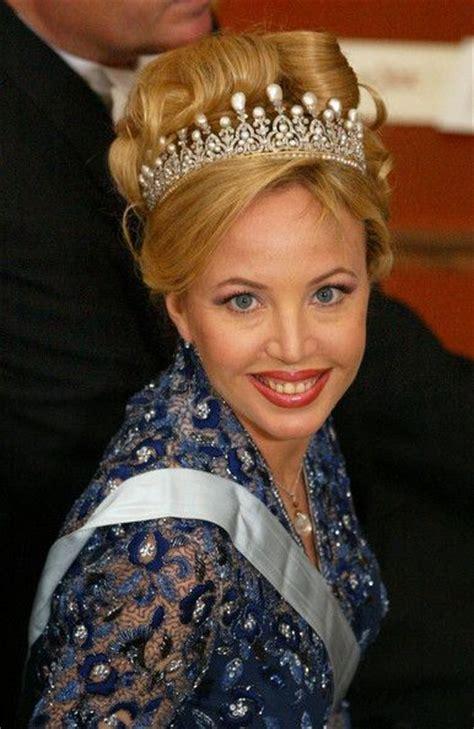 Sr261 1615 Princess Top 180 best royal jewels images on royal jewels princess diana and