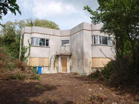 houses for renovation in kent in need of renovation three bedroom 1930s art deco house in minister on sea