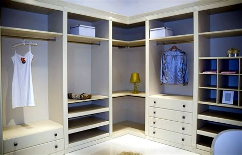 Corner wardrobe   Interior Design Ideas   AVSO.ORG