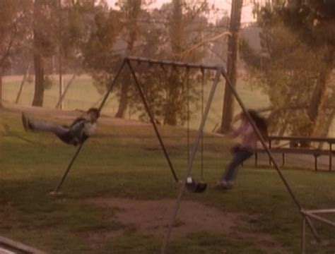 swinging wonder the wonder years s01e02 swingers