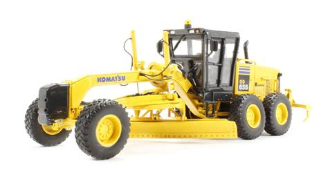 Best Seller Premium 1 50 Komatsu Gd655 Motor Grader Diecast hattons co uk gear 50 3062 komatsu gd655 motor grader with ripper
