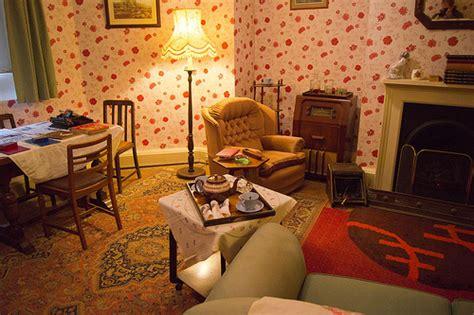 1940s living room 1940 s living room hughenden manor by derek n winterburn flickr photo