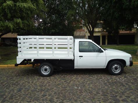 imagenes de camionetas pick up nissan camioneta nissan estacas 2007