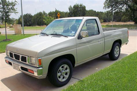 nissan pickup 1997 1997 nissan truck information and photos zombiedrive