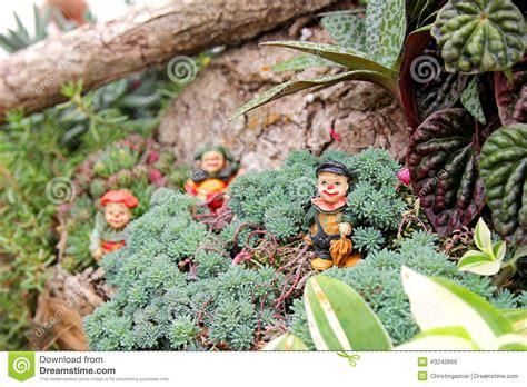 jard n de hadas payaso figures en jard 237 n de flores de hadas miniatura foto