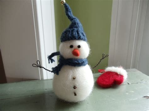 felt christmas projects needle felted snowman living felt