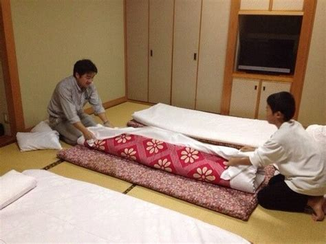 Best Way To Sleep On The Floor by What Type Of Futons Shikibuton Do Japanese Sleep On