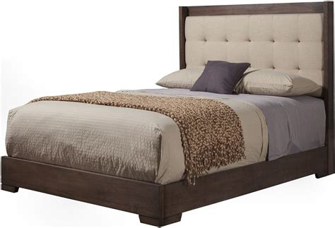 tufted queen bed savannah pecan tufted queen platform bed 1100 01q alpine