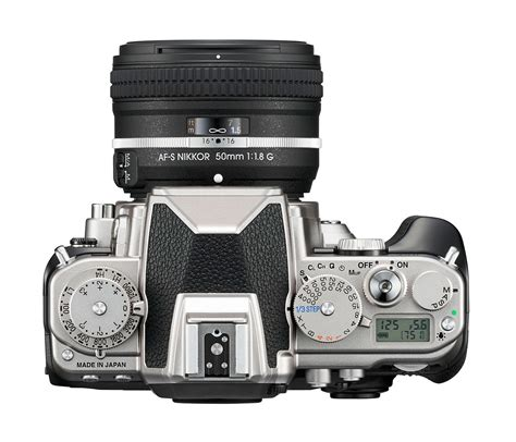 Harga Nikon Fm10 by The New Nikon Df Digital Slr Pairs Modern Tech With