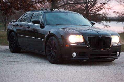 chrysler 300c 2006 chrysler 300c srt 8 navigation carfax certified