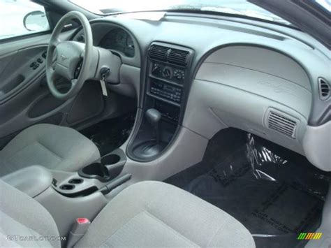 2000 Mustang Interior Colors by 2000 Atlantic Blue Metallic Ford Mustang V6 Coupe