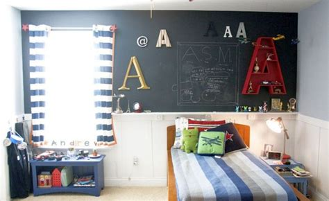 boys bedroom ideas for small spaces boys room paint ideas for small space with chalkboard wall