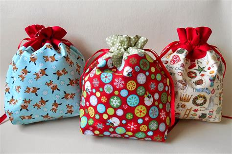 handmade by eva rose holiday season drawstring gift bag