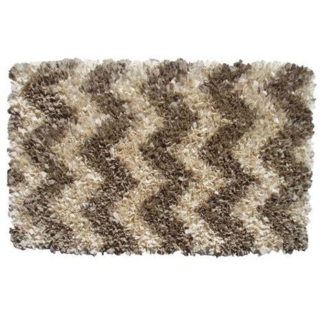 shaggy raggy rug shaggy raggy chevrn shag rug rug