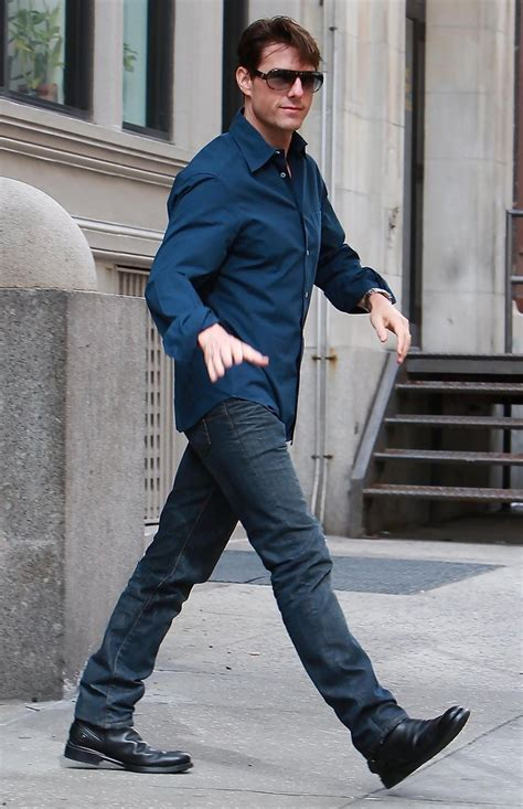 Tom Cruise Attacks Nyc by Tom Cruise Leaving His Apartment In New York Zimbio