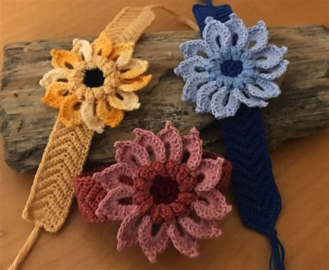 kweenbee   crochet flower  friendship bracelet