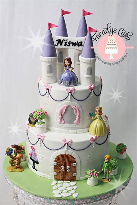 Princess Sofia Castle Cake 70 torte di sofia la principessa in pasta di zucchero pianetabambini it
