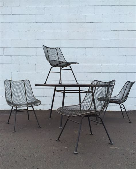 Wire Patio Chairs 5 Vintage Woodard Sculptura Octoganal Table Wire Mesh Chairs Patio Set Black Mid
