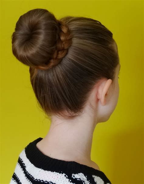 Hairstyle Bun by Bun Hairstyle